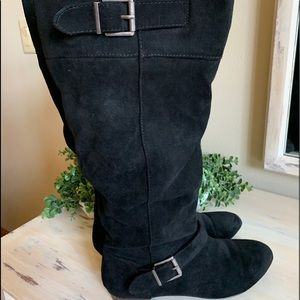 SO Faux suede Dbl buckle boots